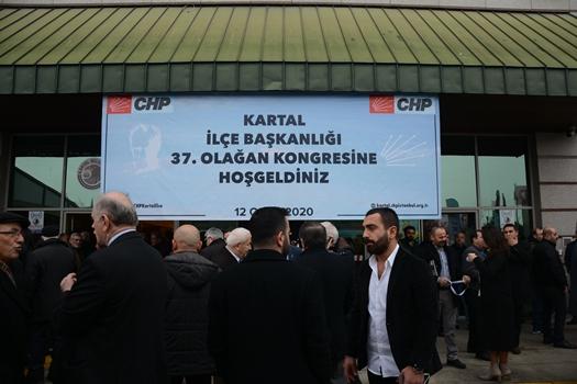 CHP Kartal İlçe Kongresi Parti İçi Demokrasi Tartışmalarının Gölgesinde Gerçekleşti