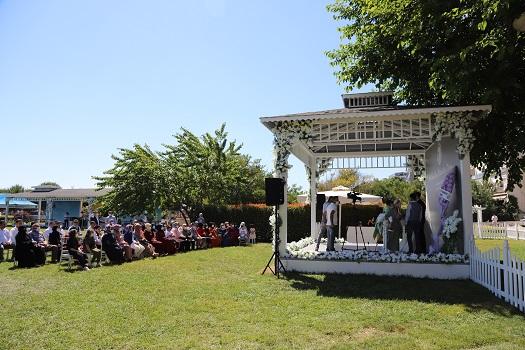 Kartal Belediyesi Nikah Salonu yenilenen yüzü ile evlenecek çiftleri ağırlayacak