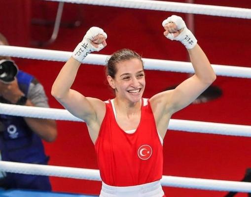 Kartallı Buse Naz Çakıroğlu Gümüş Madalyayla Döndü